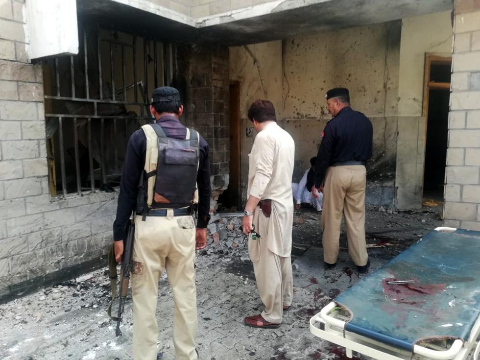 海潮之王鲁尔加斯F83T巴基斯坦西北部发作两起袭警事情,6名差人遇袭身亡