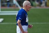 5000米用时42分半 美国96岁老者破世界纪录