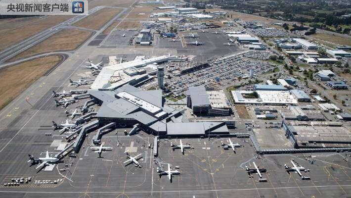 新西兰航空一架飞机因驾驶舱冒烟紧急降落 无人受伤