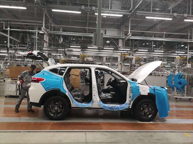 长城汽车上半年盈利预减超五成,跟随吉利下调年销量目标