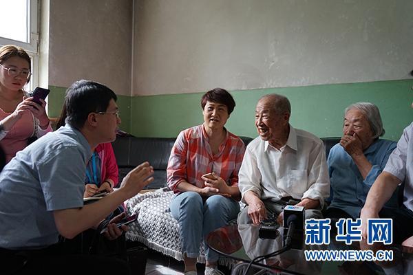 """【新时代·幸福美丽新边疆】90岁的359旅老战士刘聪普谈""""初心"""""""