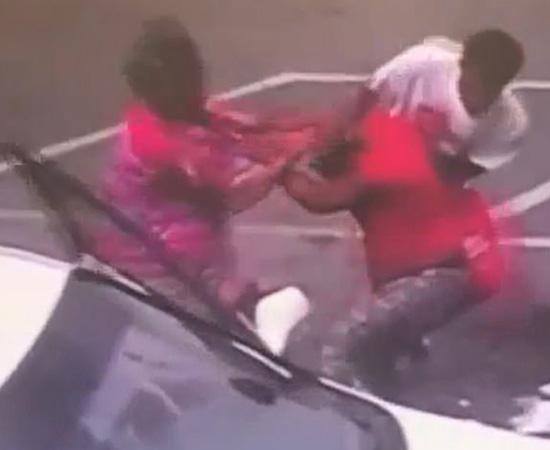美一母亲打架时将怀中婴儿摔在地上被控谋杀