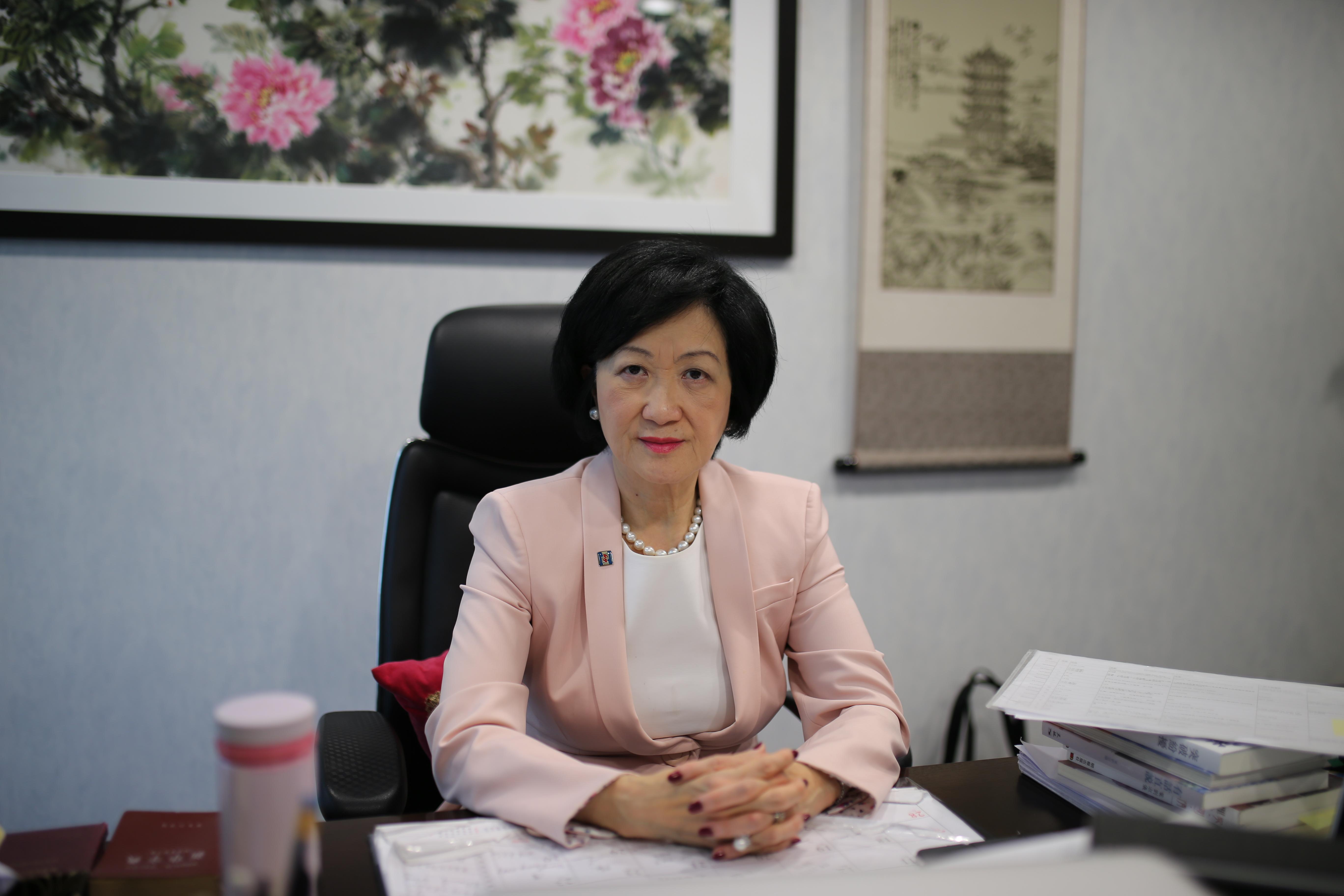 专访香港新民党主席叶刘淑仪:反对派就希望警察心理崩溃