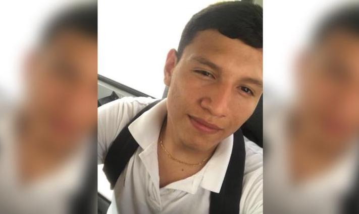 杜伟军3u8721不行白?美国高中生被当墨西哥移民 证件完全却遭关押三周