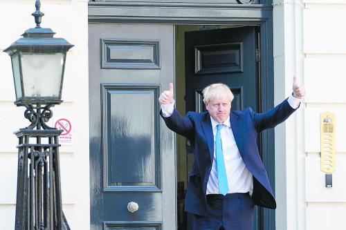 """边走边看是什么词交际学院本科招生网约翰逊高票当选英国首相,怎么打破""""脱欧""""僵局成焦点"""