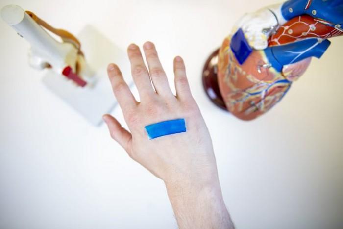 科学家研发出能减少疤痕的绷带技术