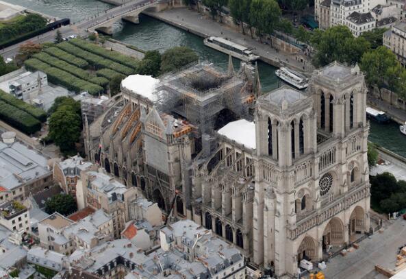 《秒速快三人工计划》_天太热!法专家:高温恐致巴黎圣母院屋顶坍塌