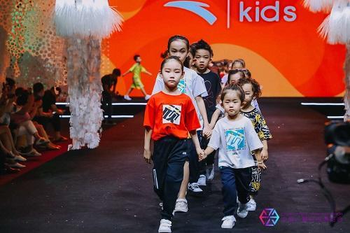 炫舞捡鸭子是什么灭国英豪花屏2019亚洲世界童装节开幕