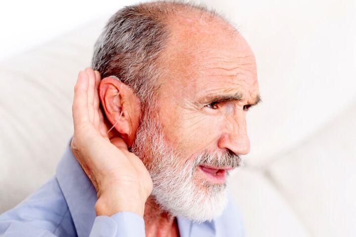 出现痴呆症状怎么办?专家称戴助听器可有效缓解!