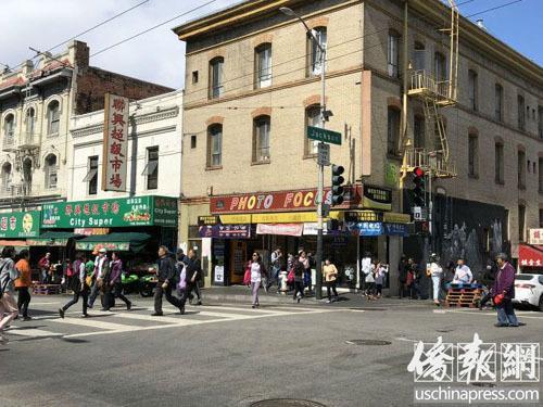 中国侨网旧金山市德顿街与昃臣街处,上个星期曾发生恶性伤人抢劫事件,引起市政府重视并计划安装安全摄像机。美国《侨报》记者吴卓明 摄