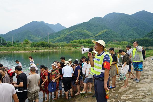 杭州湖源乡回应网红景点龙鳞坝一天三名孩子溺水:多措施防范