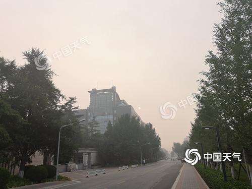 """雙休日北京變""""蒸籠""""最高溫36℃ 西部北部多雷陣雨"""