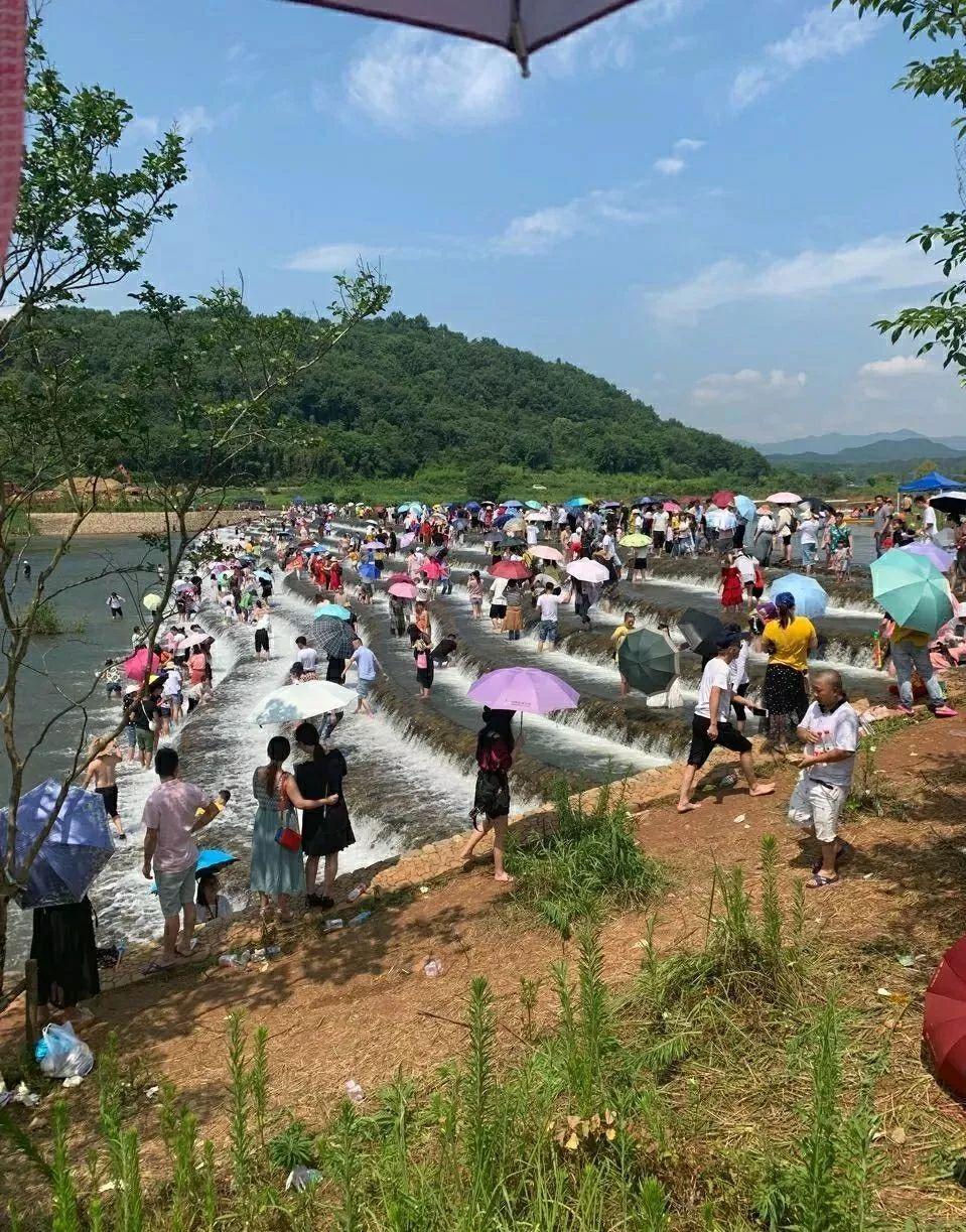 """""""网红坝""""出事了!杭州一家人去打卡,15岁儿子不幸溺亡!爸爸眼睁睁看着他沉下去"""