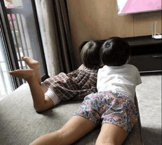 岳云鹏曝出自己的家,如今还是住农村房,两个孩子共用一间卧室