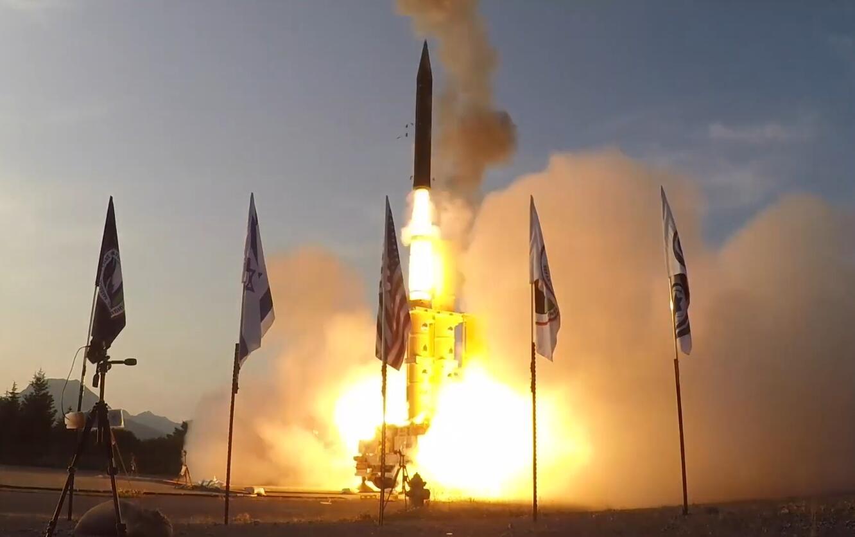 伊朗试射导弹后 以色列成功测试大气层外反导