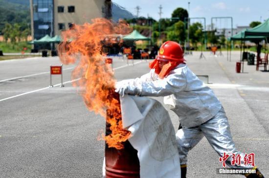 应急管理部:将消防安全严重违法失信者纳入黑名单管理