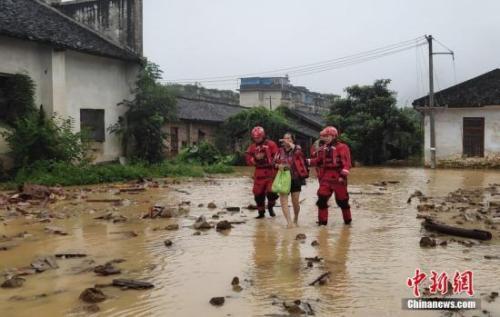 今年入汛以来消防救援队伍已营救遇险被困民众15046人