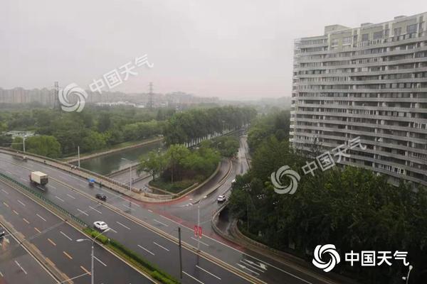 """北京今有中雨局地暴雨下午雨漸停 明后天""""桑拿天""""回歸"""