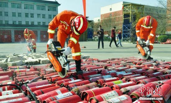应急管理部:消防部门要与行业协会、中介组织彻底脱钩