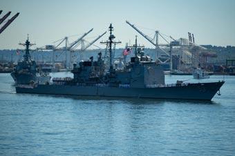 美国舰队周活动开幕 多艘军舰亮相展示