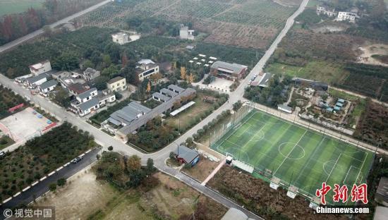 杭州国立画室我们党建造的发改委:补助每个新建11人制规范足球场200万元
