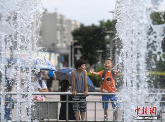 高温黄色预警继续发布 中东部部分地区将达37到39℃