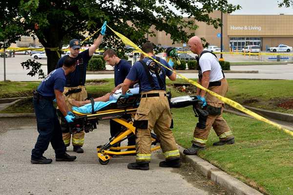 美国密西西比州一商场发生枪击案 两人遇难