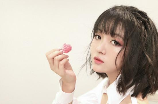 七月甜蜜已送达 阿悄原创单曲《很迷》清新上线