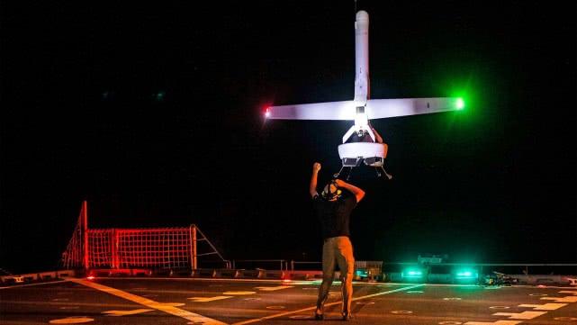美国海军实验垂直起降无人机 造型个性