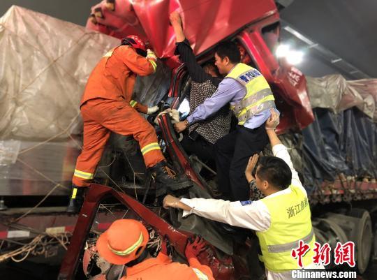 浙江:今日起危化品运输车辆后半夜限行高速
