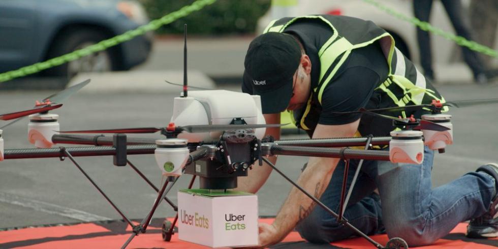 UberEats测试城市环境下无人机送餐系统