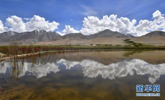 西藏阿里景如画