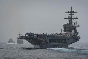 这组合太奇葩:美航母带濒海战斗舰远洋训练