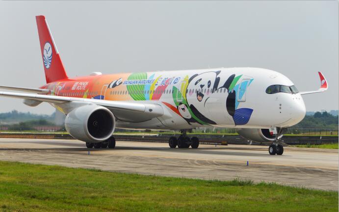 川航A350执飞伊斯坦布尔航线 首航机熊猫涂装吸睛