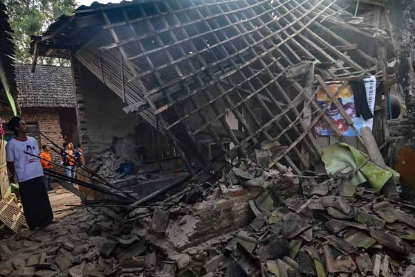 印尼万丹省南部海域发生强震 部分房屋受损