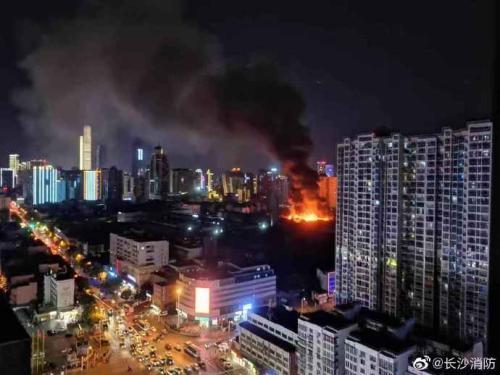 长沙一电子厂发生火灾 过火面积500平方无人员伤亡