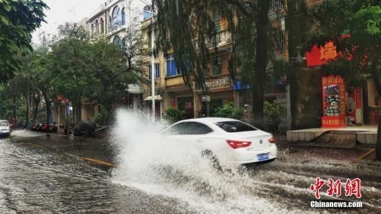 未来两天西北华北东北有中到大雨 局地暴雨或大暴雨