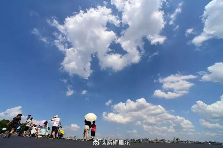 杭州10位热射病人,9例是老人!原因让人唏嘘:太省
