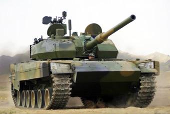 國產VT5輕型坦克公開亮相 多角度展示超強戰力