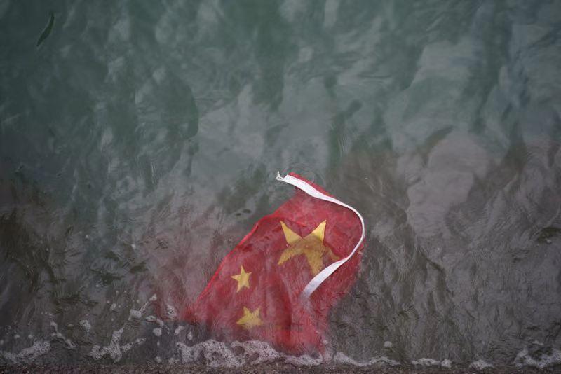 dtribes拳皇97玛丽出招表香港建制派愤恨斥责坏人凌辱国旗等行径:几近张狂、无法无天