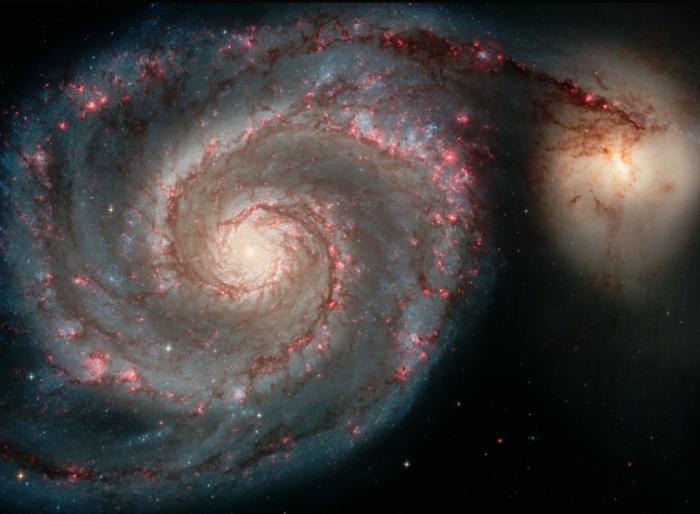 最精确银河系3D模型显示银河系扭曲并不扁平