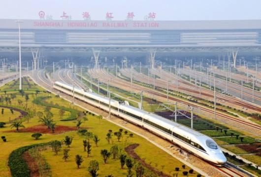 """出行""""热度""""堪比高温天 长三角铁路暑运客流量创新高"""