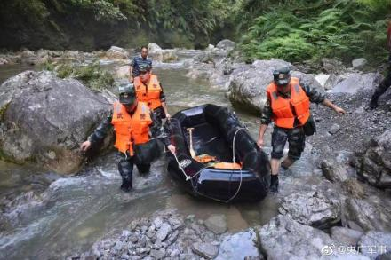 湖北恩施鹤峰县躲避峡突发山洪 已造成10人死亡 现救出51人