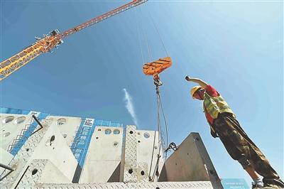 南京栖霞百水保障房项目工地有序施工