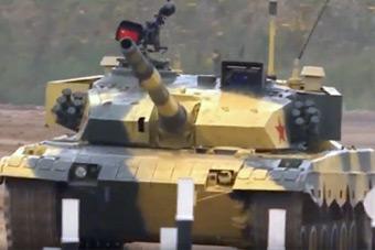 坦克两项小组赛中国队再夺冠 成绩只比俄差两秒