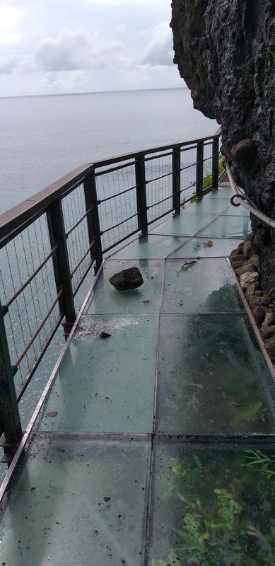 花莲一天两起地震全台最惊险天空步道玻璃破裂