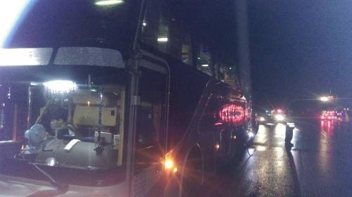 台东发生游览车与大货车相撞事故 6名大陆游客轻伤