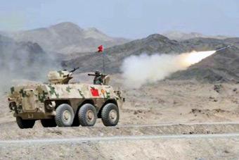 """国际军事比赛""""晴空""""防空导弹兵项目中国队夺冠"""