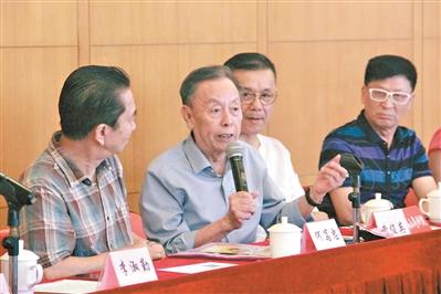 黄俊英丁凡等携手呈现 名家云集粤剧版《七十二家房客》