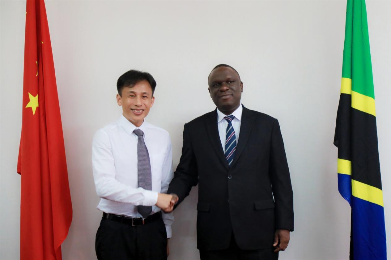 坦桑尼亞駐華大使會見熊立:期待與網龍開展教育合作